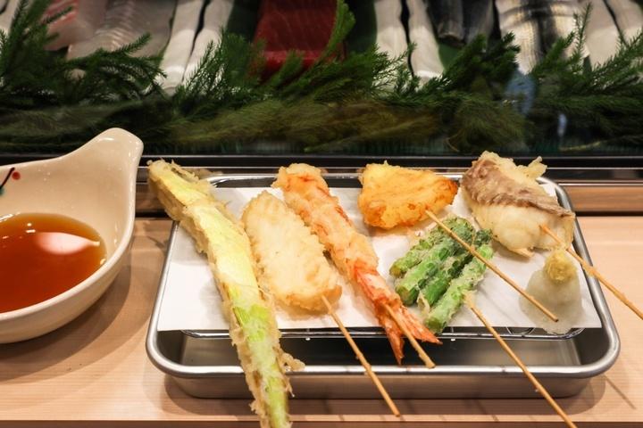 株式会社 豊田/立ち喰い寿し&串天ぷら すしつねのプレスリリース画像4