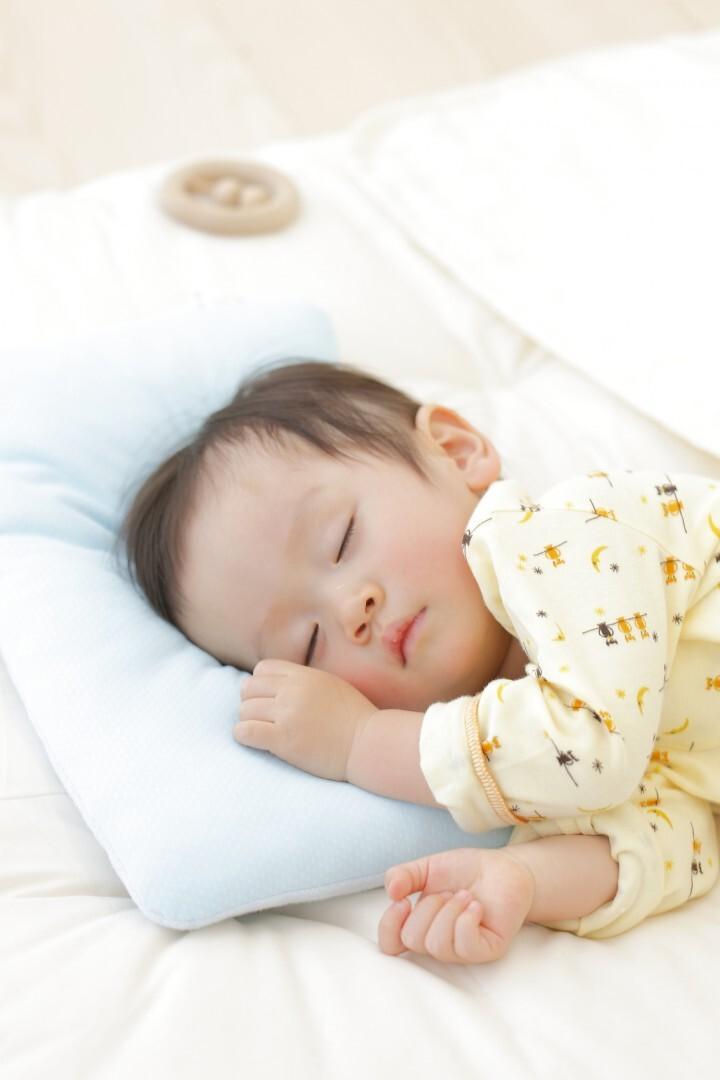 赤ちゃん 泣き止まない 眠れない